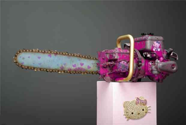 Hello Kitty láncfűrész
